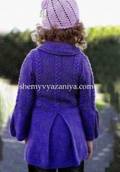 Детское пальто с косами