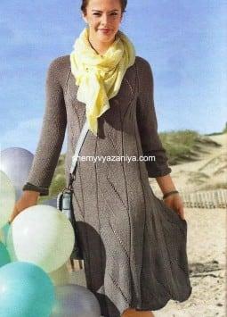Платье с ажурными полосами