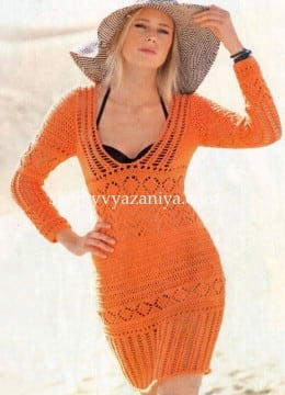 Ажурное мини- платье с глубоким вырезом
