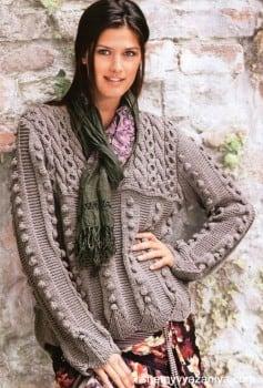 Узорчатый пуловер с шишечками