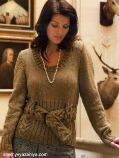 Пуловер с поясом узором коса