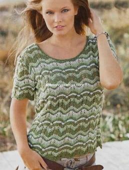 Полосатый пуловер волнообразным узором
