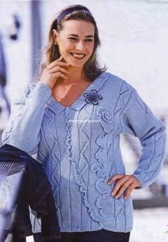 Пуловер с зигзагообразным узором и вязаной тесьмой