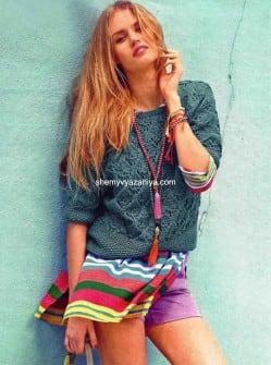 Пуловер ажурным и жемчужным узорами