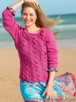 Розовый пуловер веерным узором