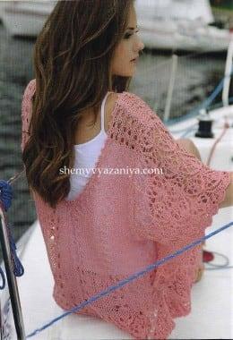 Летний пуловер с ажурными рукавами и каймой