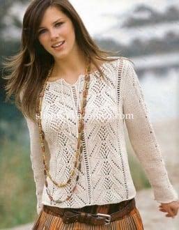 Пуловер ажурными полосами с завязками