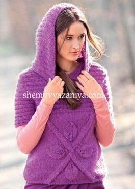 Пуловер с капюшоном и с узором листики