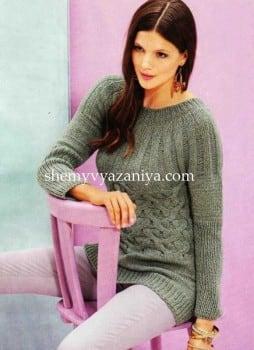 Пуловер c круглой кокеткой и плетенным узором