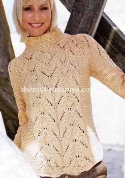 Пуловер-реглан ажурным узором и платочной вязкой