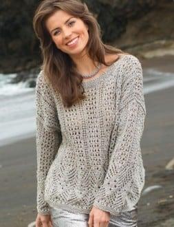 Пуловер сочетанием ажурных узоров