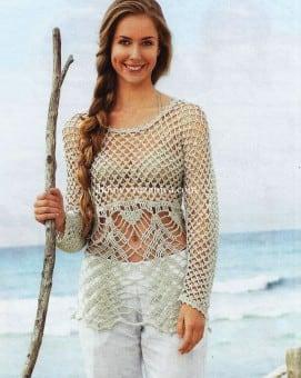 Серовато-бежевый пуловер сетчатым узором
