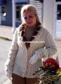 Жакет рельефным узором и с косами